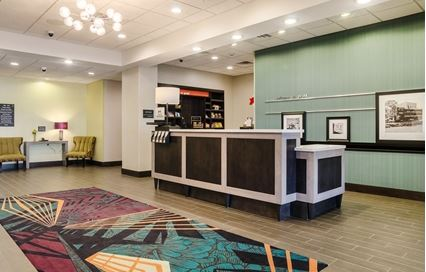 Hampton Inn - Pratt