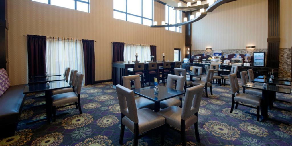 Holiday Inn Express & Suites - Clearfield