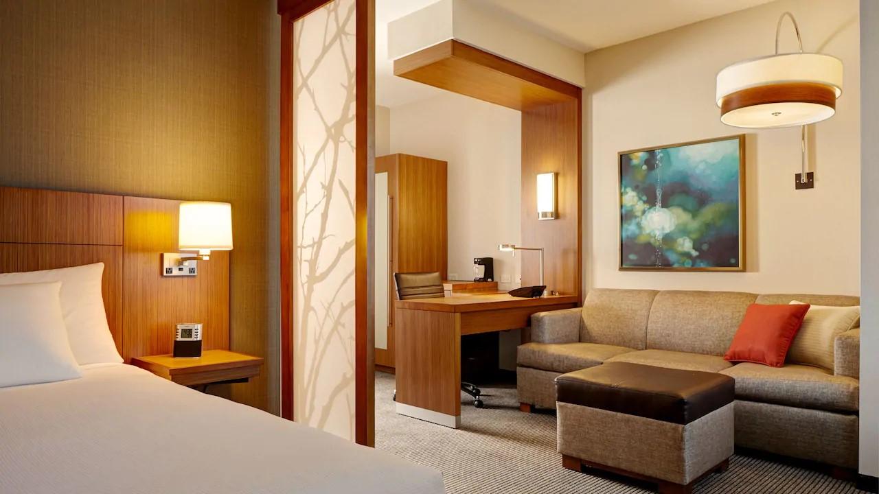 HP-guestroom.jpg