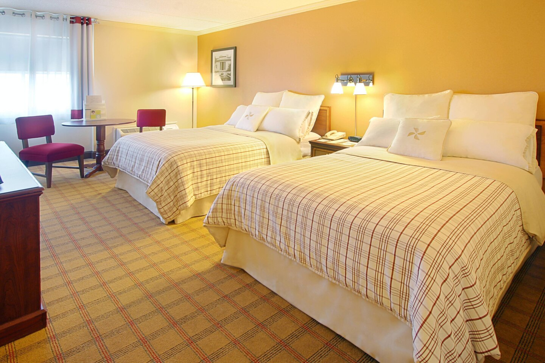 harfp-guestroom-8787-hor-clsc.jpg
