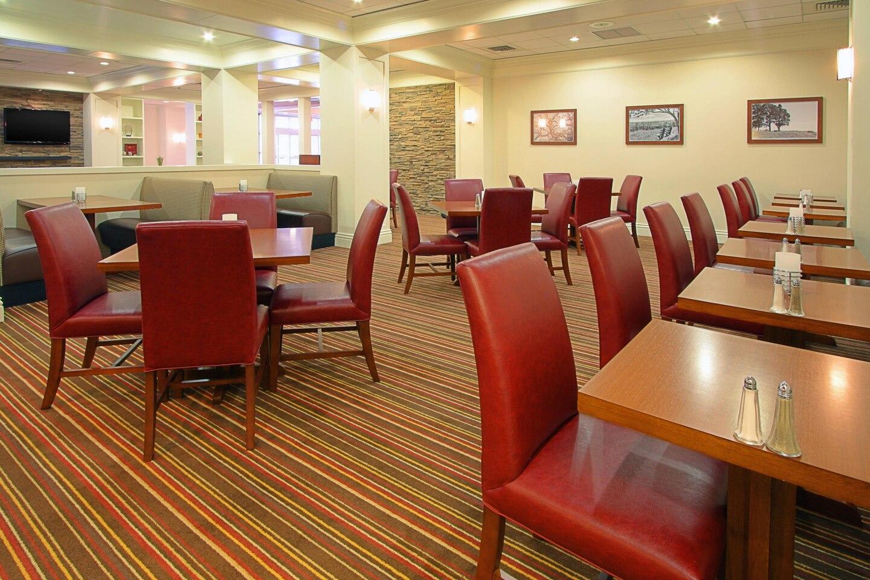 harfp-restaurant-8794-hor-clsc.jpg