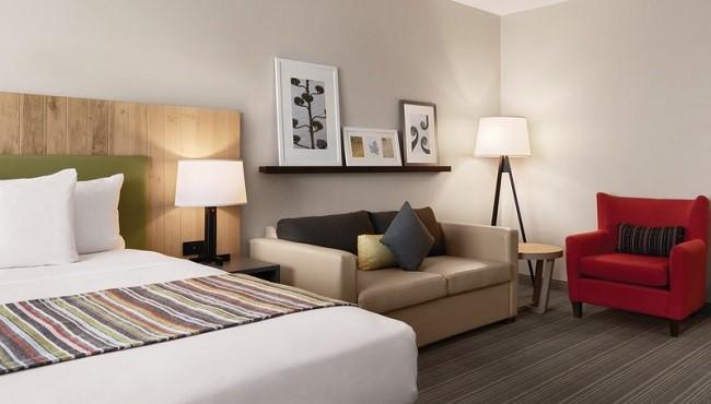 guest-room-seating.jpg