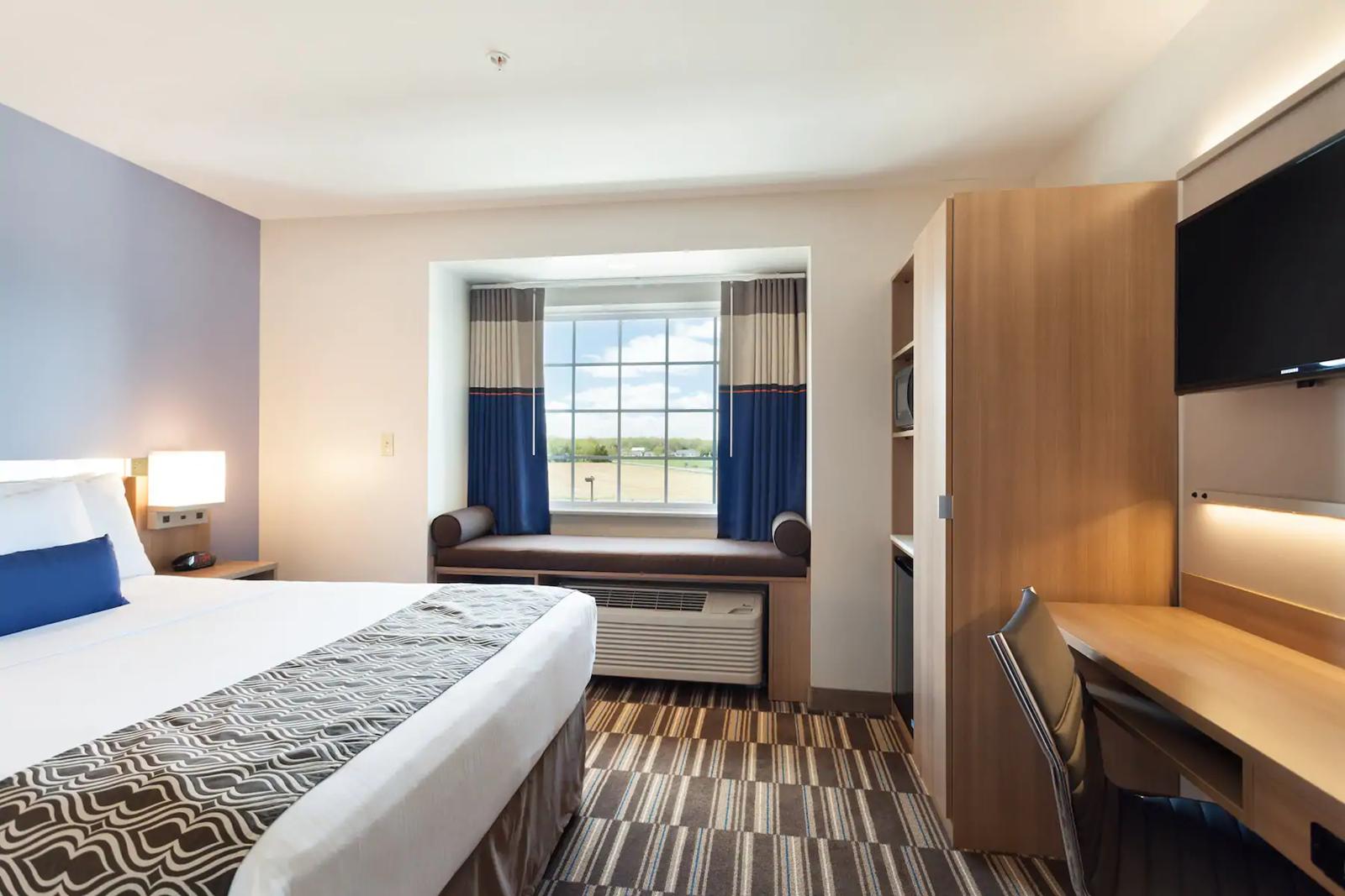 guestroom-(1).png